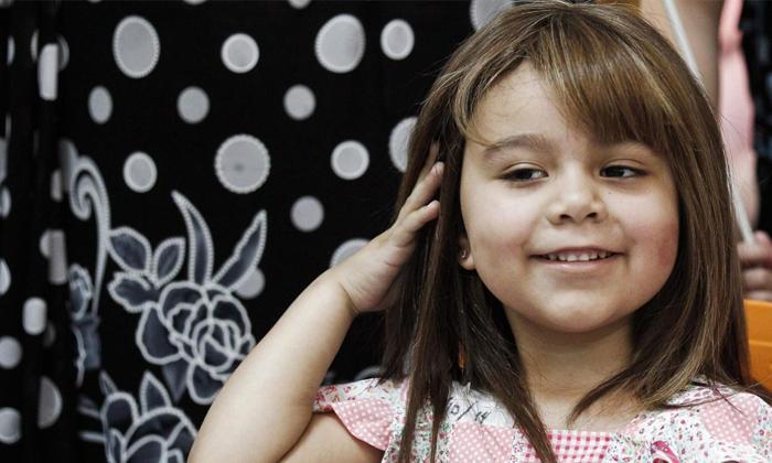 niña peluca quimioterapia