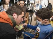 Iker Casillas durante una visita al Hospital La Paz de Madrid para nuestra campaña de sensibilización de 2007