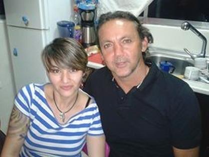 Manuel y su hermana