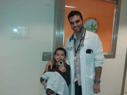 Cristian con el doctor